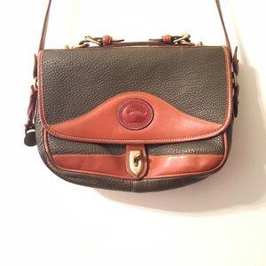 Dooney & Bourke crossbody handbag / purse